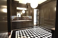 Owings Mills, MD: All the elements come together perfectly in this luxurious butlers pantry! www.jpaulbuilders.com/?utm_content=buffer30797&utm_medium=social&utm_source=pinterest.com&utm_campaign=buffer | #JpaulBurnside