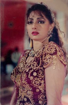 Bollywood Actress Hot Photos, Indian Actress Hot Pics, Beautiful Bollywood Actress, Most Beautiful Indian Actress, Indian Actresses, Vintage Bollywood, Bollywood Girls, Indian Celebrities, Bollywood Celebrities