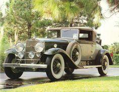 1930 V16 Cadillac Fleetwood Model 452