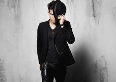 total black - hat