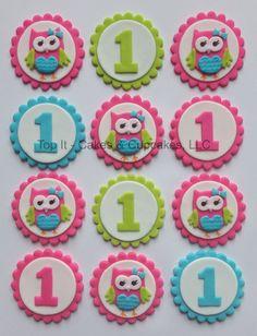 Fondant Cupcake Toppers - Look Whoo's Turning - Owl Más Kid Cupcakes, Cupcake Cookies, Valentine Cupcakes, Fondant Wedding Cakes, Wedding Cake Toppers, Owl Cakes, Ladybug Cakes, Fondant Animals, Fondant Cupcake Toppers