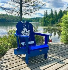 Go Leafs Go! Celebrate 100 years of the Toronto Maple Leafs with your very own personalized Adirondack chair, the best seat in the house on gameday! Hockey Room, Hockey Teams, Sports Teams, Ice Hockey, Montreal Canadiens, Hockey Quotes, Canada Eh, Nhl Jerseys, Toronto Maple Leafs