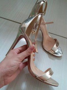 17f5511c3c7 sandália schutz dourada - sandálias schutz