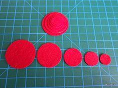 RED felt circle set 100pcsdie cut felt circlecraft by DGNCY