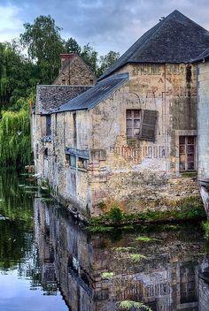 #Bayeux #France