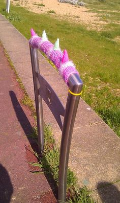 Graffiti Knitting