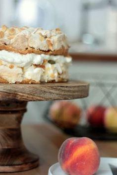 Stachelbeer-Baiser-Torte. Wahnsinnig lecker!