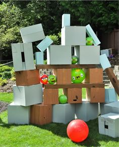 Giant balls and boxes version of Angry Birds