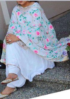Punjabi Salwar Suits, Pakistani Dresses, Salwar Kameez, Patiala, Punjabi Suits Designer Boutique, Indian Designer Suits, Anarkali Frock, Anarkali Suits, Indian Attire
