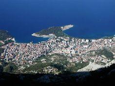 Makarska - pohled na město z vrcholků Biokova