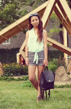 WEARING: H&M CARDIGAN + CHARLOTTE RUSSE LACE TOP & DIAMOND PRINT SHORTS (C/O) + COACH VINTAGE BAG + STEVE MADDEN ANKLE BOOTS
