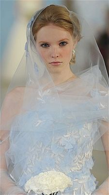 """Blue Veil/""""The coolest wedding accessories you've never seen before """"/ Photo: MCV Photo / The Knot"""