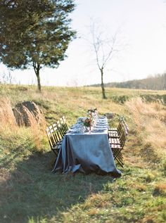 Tuscan-inspired wedding table inspiration: http://www.stylemepretty.com/virginia-weddings/leesburg/2017/03/07/tuscany-style-wedding-inspiration/ Photography: Amelia Johnson - http://amelia-johnson.com/home