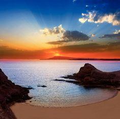 Oferta: #Lanzarote #Noviembre (vuelo+hotel 4*+coche: 5 noches) desde 529€ en…
