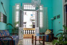 CASA HABANA CENTRO: 5 Opciones con la mejor relaciòn calidad/ precio de la HABANA Casa Habana Centro, es una pequeña empresa familiar, dedicada desde hace unos años, al alquiler de nuestras cuatro instalaciones al turismo extranjero: CASA ESPADA http://imgur.com/a/OUtv2 Y CASA VIVIAN http://imgur.com/a/4gorO  de dos habitaciones, CASA NIEVES  http://imgur.com/a/BHljj , CASA NORA http://imgur.com/a/Y1SMy de una habitaciòn, CASA ISABELLA http://imgur.com/a/jo5Fv  de una habitaciòn