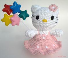 Estrella Bonita: Amigurumi Hello Kitty. Pattern free. http://estrellabonitaknit.blogspot.com.es/2016/01/amigurumi-hello-kitty.html