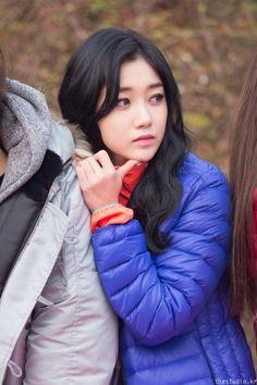Nine Muses Sera Girl Bands, Korean Actresses, Korean Girl Groups, Strong Women, Kpop Girls, Playboy, Asian Beauty, Serum, Asian Girl