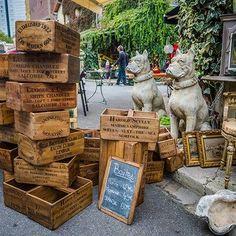 How to buy at flea markets in Paris