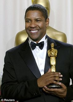 Denzel Washington♥ 74' receive the Academy Award for best actor 2000
