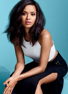 Within a year, Gugu Mbatha-Raw went from possessing Georgian decorum in Belle to slaying present-day glitz in Beyond The Lights, her directors remember the journey. Instyle Magazine, Girl Crushes, Pretty People, Beautiful People, Mbatha Raw, Black Actresses, Fc B, Celebs, Celebrities