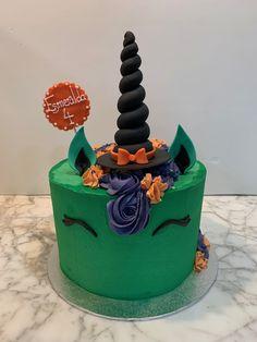 Tarta buttercream unicornio Halloween. Birthday Cake, Halloween, Desserts, Food, One Year Birthday, Pies, Sweets, Tailgate Desserts, Deserts