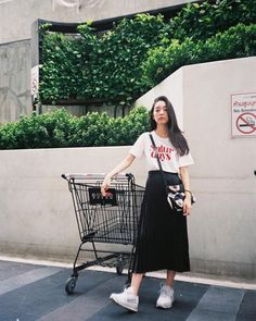 Casual Fall Outfits That Will Make You Look Cool – Fashion, Home decorating Korean Fashion Trends, Korean Street Fashion, Korea Fashion, Asian Fashion, Look Fashion, Skirt Fashion, Daily Fashion, Trendy Fashion, Fashion Outfits