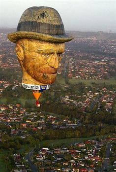Vincent van Gogh balloon