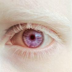 Nastya Zhidkova's eye.
