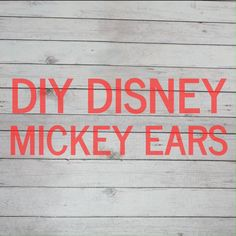 These super easy no sew Mickey Ears are perfect for your… DIY Disney Mickey Ears. These super easy no sew Mickey Ears are perfect for your next Disney Vacation! Diy Disney Ears, Disney Mickey Ears, Mickey Mouse Ears, Mickey Ears Diy, Walt Disney, Mason Jar Projects, Mason Jar Crafts, Mason Jar Diy, Diy Projects