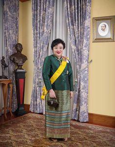 Thai Princess, My Princess, Thailand, Thai House, My Photos, Sari, King, Princesses, Fashion Ideas
