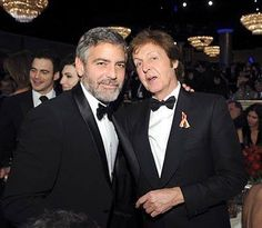 George Clooney and Paul McCartney Les Beatles, John Lennon Beatles, Sir Paul, John Paul, Paul Mccartney And Wings, Extraordinary People, Love My Kids, The Fab Four, George Clooney