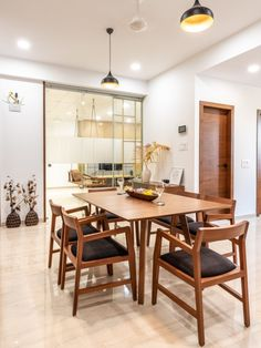 Modern House Dining Room Swaram A Contemporary House Wooden Dining Table Designs, Dinning Table Design, Contemporary Dining Table, Wooden Dining Tables, Contemporary Home Decor, Dining Area, Indian Dining Table, Room Decor, Planks