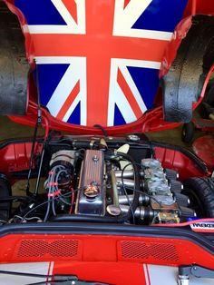 Triumph Motor, Triumph Sports, Triumph Tr3, Triumph Spitfire, Old Sports Cars, Union Jack, Garage Organization, Organization Ideas, Hot Cars