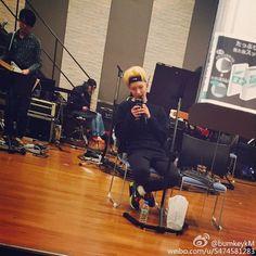 150303 Instagram/{Weibo} Key:  practicing ! got crush on nike hairband lol  Перевод: Репетирую ! мне очень нравиться повязка для головы от Nike  #Shinee #Key #Weibo #weiBOM #Weibo_Key #bumkeyKM #Instagram #Instagram_Key #bumkeyk #Keystagram