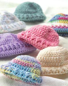 Free Newborn Caps Crochet Pattern from RedHeart.com