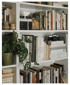 Room Ideas Bedroom, Bedroom Decor, Study Room Decor, Bedroom Inspo, Aesthetic Room Decor, Aesthetic Light, Book Aesthetic, Aesthetic Grunge, Dream Rooms