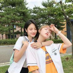 Do Hana and Yeo Boram A-teen webdrama Ullzang Girls, Cute Girls, Korean Photo, Cute Korean, Ulzzang Korean Girl, Ulzzang Couple, Jung So Min, Kim Min, Teen Web
