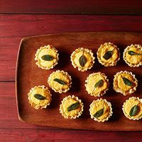 Butternut Squash-Goat Cheese Bites | great Thanksgiving appetizer.
