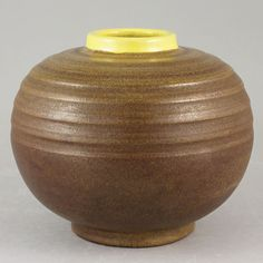 Anna-Lisa Thomson (1936) Swelling Relief Vase