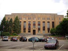 Kalamazoo County Courthouse (Kalamazoo, Michigan) by courthouselover, via Flickr