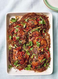 Teriyaki Chicken Noodles, Baked Noodle Recipes, Chicken Noodle Recipes, Asian Recipes, Healthy Recipes, Ethnic Recipes, Nadiya Hussain Recipes, Pasta, Meals
