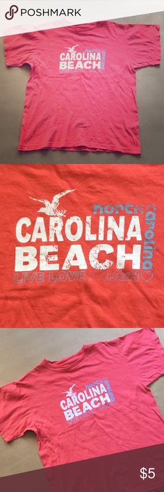 North Carolina Beach tee Shirt This shirt has some light pilling but in good condition. It is size large. Wings Tops Tees - Short Sleeve