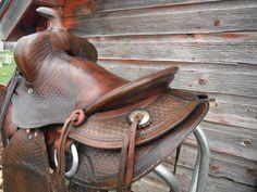 Antique Vintage Bona Allen Western Saddle.