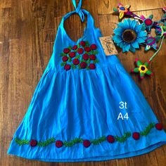 Girls Mexican Dresses Hand embroidered Size true to size Measurements best fits wide Aprox. Embroidery On Kurtis, Hand Embroidery Dress, Kurti Embroidery Design, Mexican Embroidery, Dresses Kids Girl, Baby Girl Dresses, Short Frocks, Fiesta Dress, First Birthday Dresses