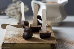 Hot chocolate melts. Perfect homemade treats for Christmas. Sugar and dairy free.