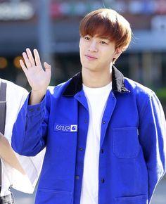 Vixx Members, Moorim School, Lee Jaehwan, Jellyfish Entertainment, Dimples, Korean Singer, Boy Groups, Leo, Rain Jacket