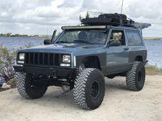 Jeep Cherokee Xj, Jeep Xj, Jeep Truck, Old Jeep, Jeep Life, Car Stuff, Offroad, Cool Cars, 4x4