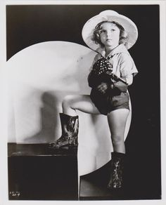 1933 Shirley Temple Kid 'n Africa