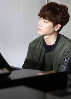 Cheese in the trap- seo kang joon playing the paino Park Hae Jin, Park Hyung, Park Seo Joon, Korean Male Actors, Korean Celebrities, Asian Actors, Boys In Groove, Cheese In The Trap Kdrama, Kpop