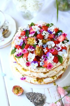 Easy Meals, Simple Meals, Bruschetta, Yummy Cakes, Vanilla Cake, Baked Goods, Deserts, Food And Drink, Treats